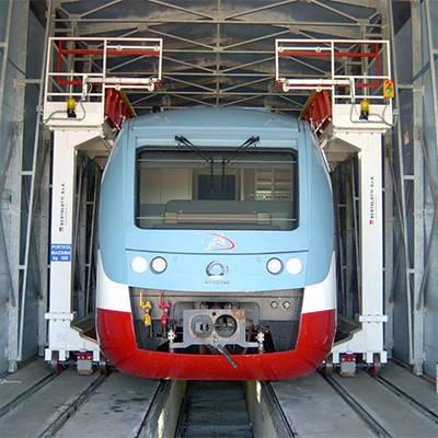 Plateformes de travail pour des trains trams et metros