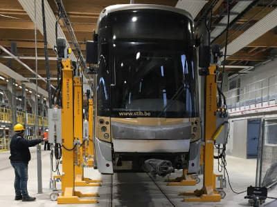 Colonnes de levage tram, metro et train (STIB - Marconi - Bruxelles)